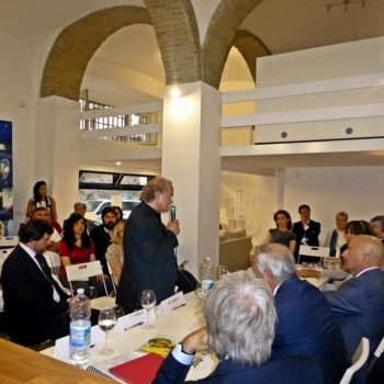 12-Giugno-Ambasciatore-Kosovo-e-Franco-Marini-per-la-presentazione-del-Libro-di-karen-thomas-edito-Mater